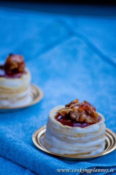 Mille Crepe Mignon con namelaka al cioccolato bianco, caramello salato e noci caramellate