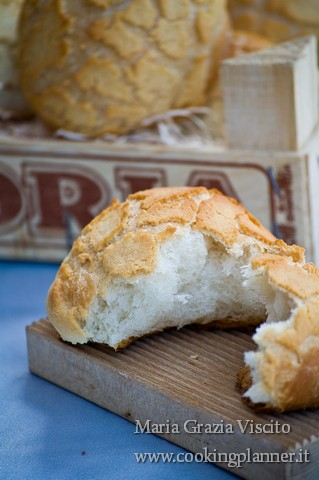Dutch bread