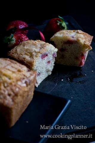 Pound cake panna e fragole