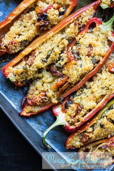 Peperoni ripieni di cous cous, pomodori confit e capperi semicanditi