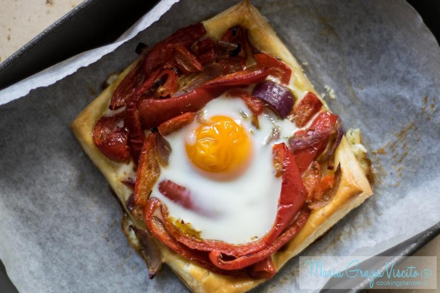 Sfogliata ai peperoni e uovo al forno di Ottolenghi