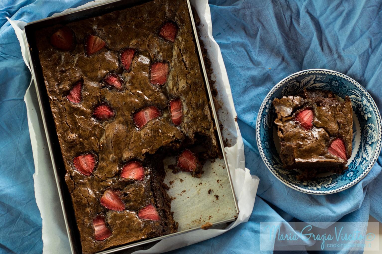 I brownies di rossana al cioccolato e fragole cooking for Siti ricette dolci