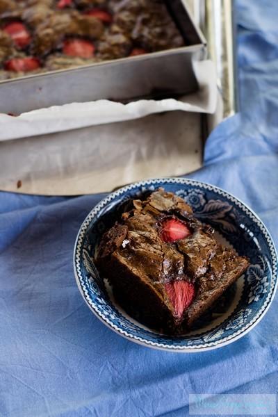 I brownies al cioccolato e fragole