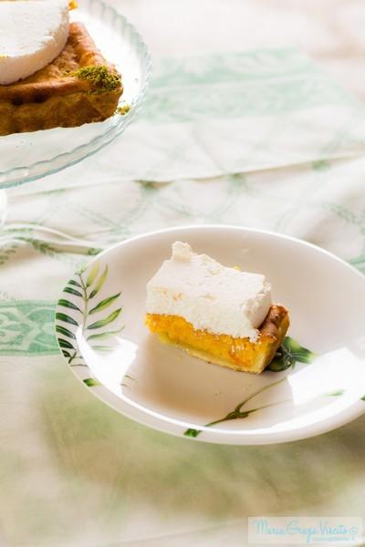 Torta salata ai fiori di sambuco, zucca e mousse di formaggi
