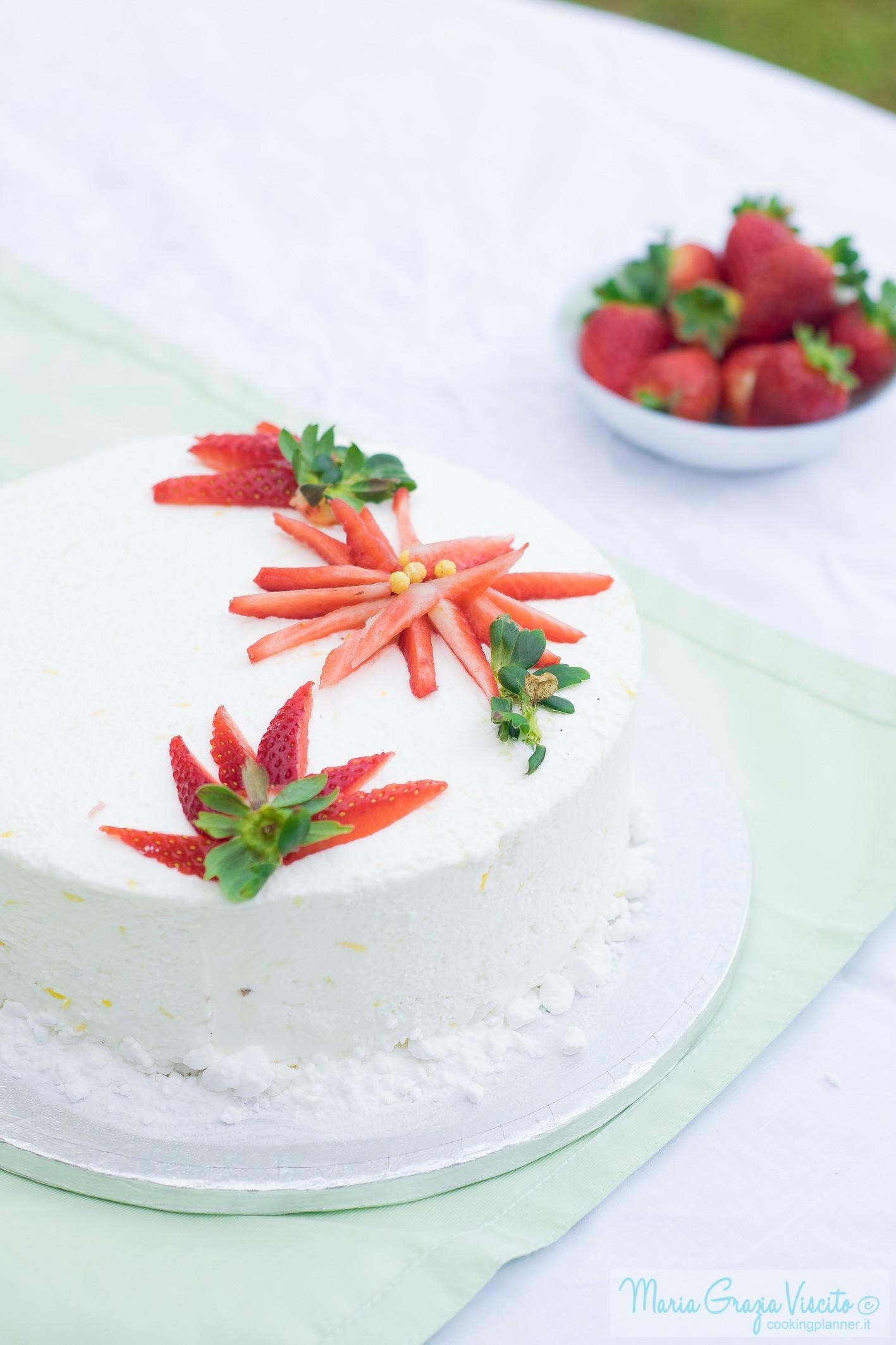 Torta limone fragole e pistacchio cooking planner for Decorazione limone