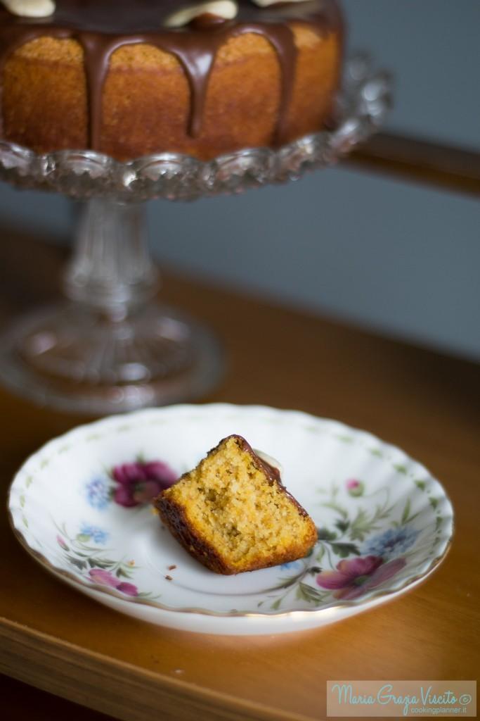 Torta di carote e nocciole (sans souci) Presa da 1000 ricette di dolci e torte  Di Olga Tarentini Troiani