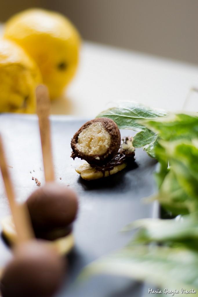 Biscotto da viaggio: banana, farro e cioccolato