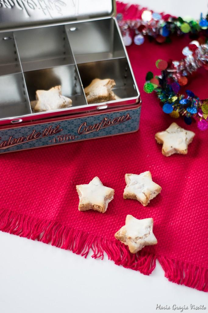 Etoiles de noel a la cannelle e Buon Natale!
